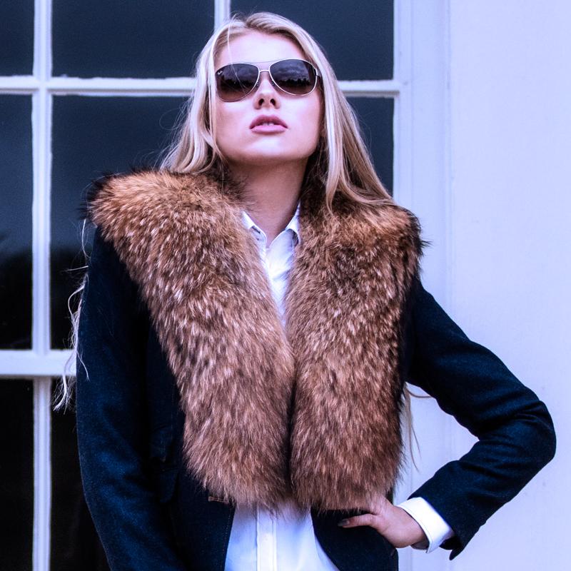 Large Natural Raccoon Fur Collar
