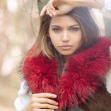 Medium Red Raccoon Fur Collar