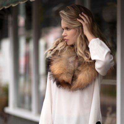 Natural Medium Raccoon Fur Collar