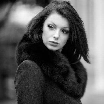 Medium Black Fox Fur Collar