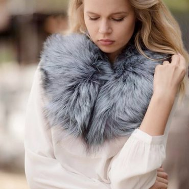 Cream Molly Silk Crepe Blouse with Olivia Fur Collar